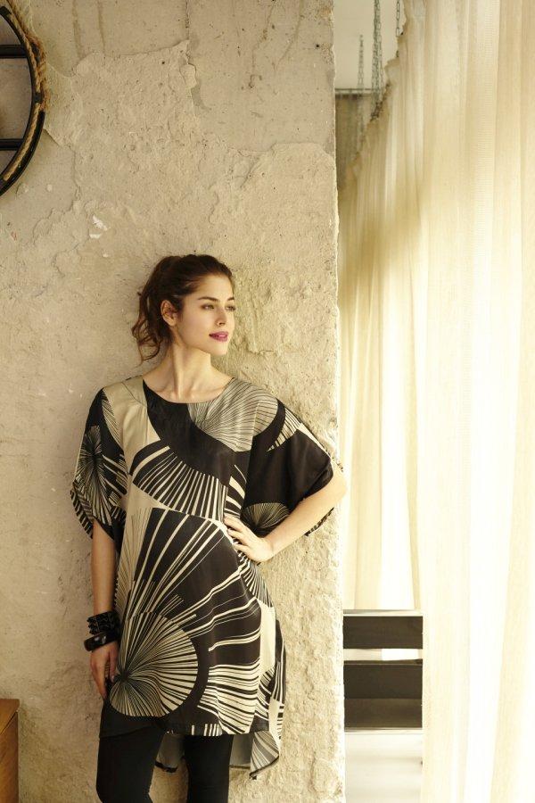 Anka kismama tunika-ruha fekete alapon mintás