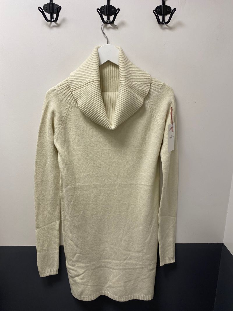 Kötött kámzsás tunika-pulóver ekrü