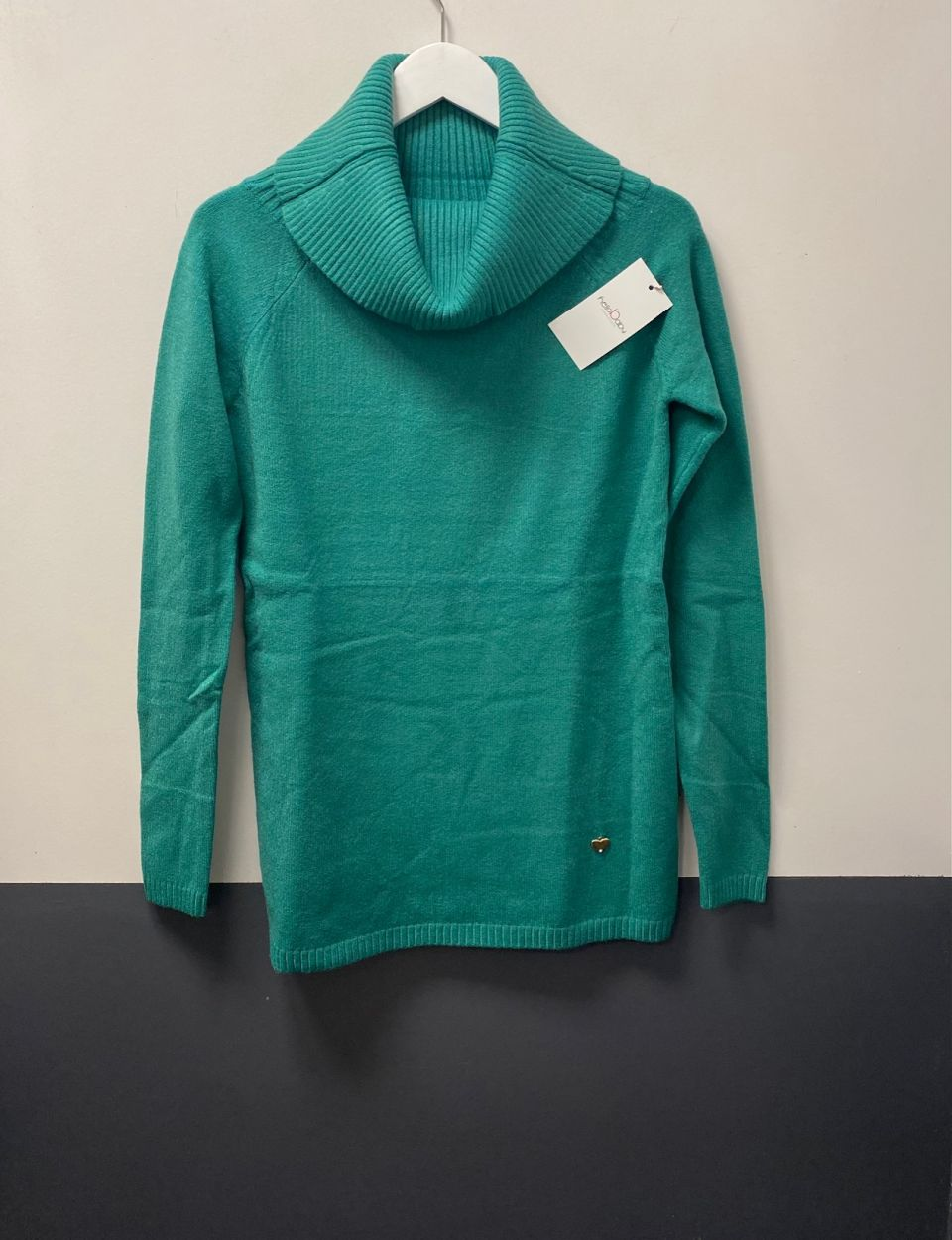 Kötött kámzsás pulóver zöld